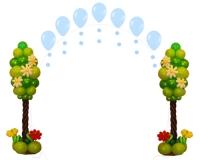 Деревья из шаров с аркой