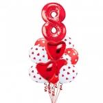 Фонтан с сердцами и цифрой 8