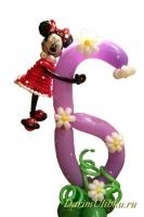 Цифра из воздушных шаров с Минни
