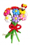 Букет из воздушных шаров с божьей коровкой