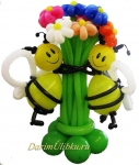Цветы из воздушных шаров с пчелками