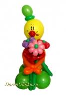 Клоун из воздушных шаров с букетом мальчик