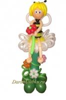 Фигура из воздушных шаров пчелка Майя