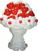Корзинка с цветами из воздушных шаров №2